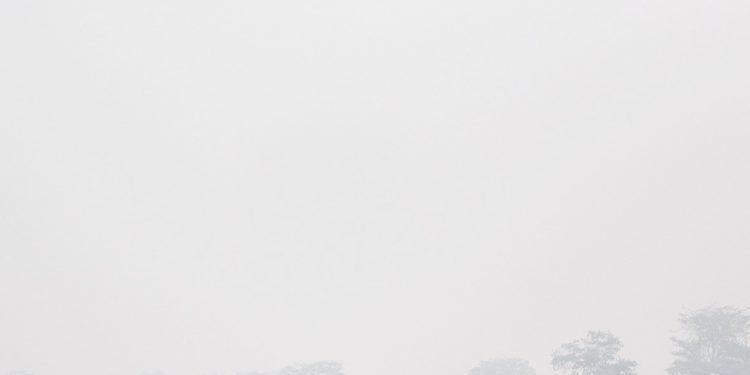 Ilustrasi kabut asap di Aceh. Foto: rencongpost.com